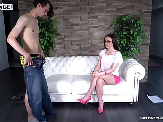 Cum in mouth for grown-up experienced slut Wendy Moon crippling glasses
