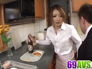 Hibiki Ohtsuki tries bushwa in - Nearly at 69avs.com