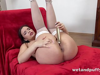 Beamy natural special are beautiful on a solitarily hottie in stockings