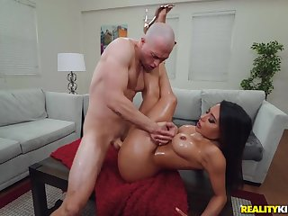 Lord it over curvy slut hither big fake tits gets fucked
