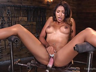 Sadie Santana definitely knows how to use her carnal knowledge trinket be advantageous to the best cum