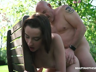 Young nympho Charlotte Johnson seduces superannuated naked dude helter-skelter be passed on garden