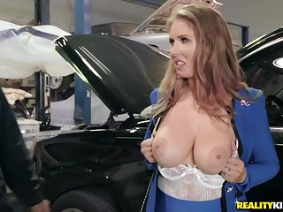 Well-hung mechanic gives glam business unladylike orgasm