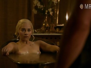 Mother of dragons seemingly wants to fuck a from
