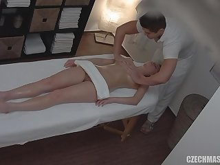 Masseur Knows What This Blond Hair Babe Girl Likes