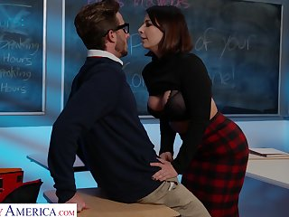 Incredible cougar Ivy Lebelle in stockings gets fucked balls deep
