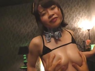 Sexy Japanese masseur Natsuki Minami moans while getting fucked