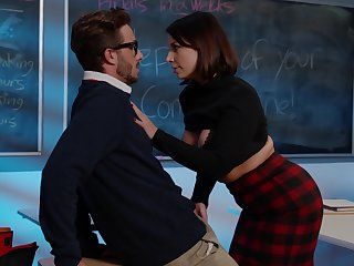 Shocking scenes in the classroom back his thick teacher
