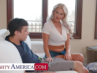 Naughty America: Hot Milf Jordan Maxx wants go wool-gathering young cock in excess of PornHD