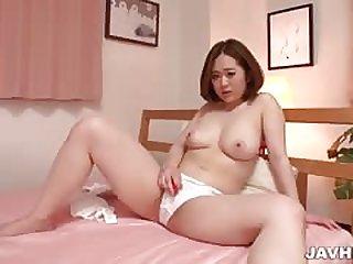 Doremi Miyamoto huge natural tits on show